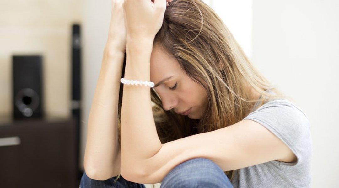 mulher_triste_aborto
